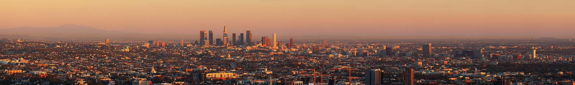 Los_angeles_mountains_to_ocean_pano